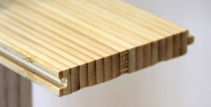 The glued and compressed bamboo fibres have a distinct linearity. (photo: John Bleasby)